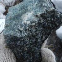 衝突花崗岩