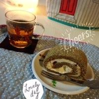 紅茶とアップルのロールケーキ