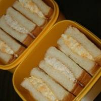 10月13日  阿蘇牛乳ミルクブレッドの マヨ玉&鶏マヨホットサンド