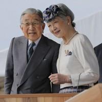 天皇陛下の生前退位、一歩間違えれば大変な事になるとの懸念が。