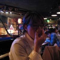 ミュージシャンを繋ぐ鼻笛