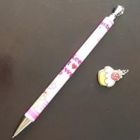 3/23 ピンク系のかわいいシャープペン 次のはクルトガを買いました。