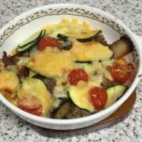 夏野菜のカレーチーズ焼き