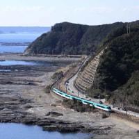 『特急くろしお』 太平洋の潮風を受けて快走 ・ JR紀勢本線(和歌山県)