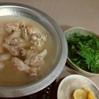 ☆鶏手羽元で水炊き☆