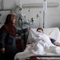 これまでで最大のアフガン軍の基地襲撃で、135人死亡!