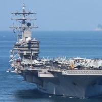 アメリカ海軍・空母打撃群!