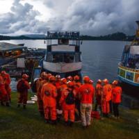 コロンビアの人造湖で観光船が沈没、9人死亡  【写真・動画】