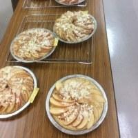 コープカルチャー焼き立てパン教室・・紅茶風味のアップルシナモンブレッド、ほうれん草のフォカッチャ