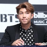 BTS 2017ビルボードトップソーシャルアーティスト部門受賞記念記者懇談会