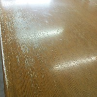 テーブル塗り替え