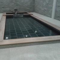 カビンブリのセレニティホテルの温泉に入って来ました。