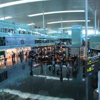 バルセロナ空港なう