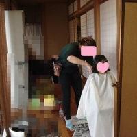 孫の髪切り