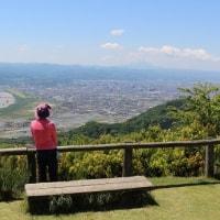 見晴らしの良い旅伏山山頂
