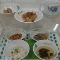保育所給食のおやつはみんな手つくりです。スープや野菜の蒸し物などをよく食べます。