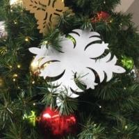 ハワイのクリスマスツリーとオーナメント