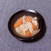 つまみ 鶏肉と人参の味噌煮