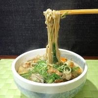 牡蠣の酸辣湯麵
