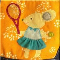 元気な中学テニス女子。いろいろあるけど頑張ってます!…なカナリアイエロー×紺 帆布トートバッグ 完成!