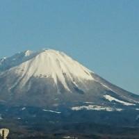 帰宅途中に撮った、大山