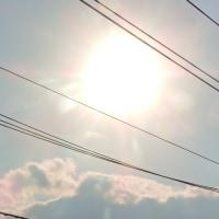 4/25 太陽の下の雲が雪山みたい
