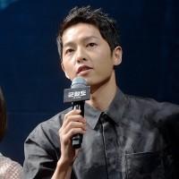 """「軍艦島」キム・スアン、ソン・ジュンギのファンであることを告白""""演技に集中できなかった"""""""