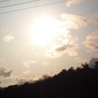 曇り空に晴れ間もあって寒い日でした。