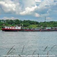 150トンのデイーゼル油を抜きタンカーが離礁、  船長は飲酒していた