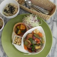 11/9~11/14 今週のマクロビオティックランチは「自家製厚揚げと旬野菜の味噌炒め」です!