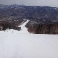 4月29日,GW初日の志賀高原は…朝は晴天だけど,雪は緩み気味.午後はいきなり雪!重くて前が見えない(涙)