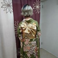 美容学校の卒業式に振袖でご出席のお嬢様です(^▽^)/