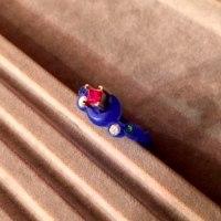 三日月のルビーの指輪はK18PGのフルオーダーメイド。