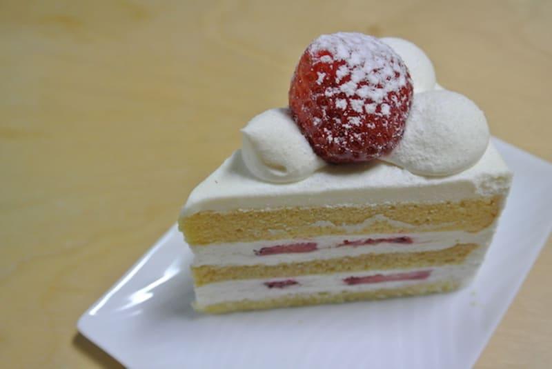 パティスリーSATSUKIのスーパーショートケーキ♪