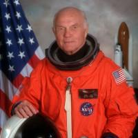 最高齢の宇宙飛行士ジョン・グレン死去!
