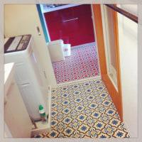 こんまる日々23:工事中の台所の床