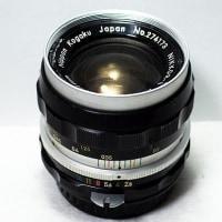 古豪レンズ   NIKKOR-S Auto 1:2.8 f=35mm