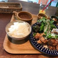 神戸で昼飯^_^