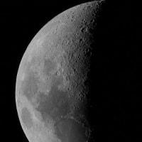 ●今夜のお月様(月齢6.9)