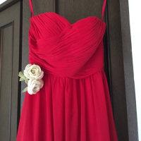 コンサートのドレスを飾るラナンキュラスの布花
