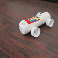 自走車・4輪車を作りました 放課後教室の工作2連発です