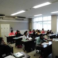 第62回「外国人技能実習生法的保護情報講習」開催。女性24名、男性1名で華やかでした。