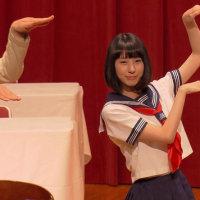 長野県JAバンクの新CMでも、まなこさんの踊りは切れている