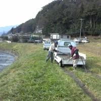 農地水環境を守る会 敷砂利作業