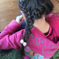 編み込みを最近できる様になって娘の頭いじりが楽しくて仕方ない✨