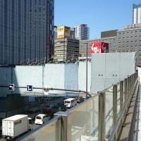 大阪駅カリヨン広場~ヨドバシの橋梁工事が始まってる!6月30日完成だって!