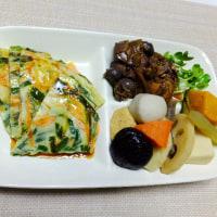 ここのところの昼食は「ソバメシ」「卵チャーハン」「チジミ」「お雑煮」や「カレー焼きビーフン」