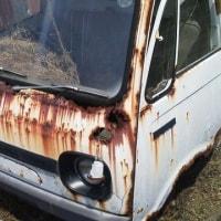 朽ちていく旧車