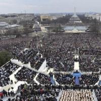 トランプ新大統領「米国第一」を強調 就任演説、強硬姿勢明確に  。トランプ大統領就任演説 日本語訳全文
