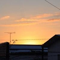 今日の朝日と鳥海山